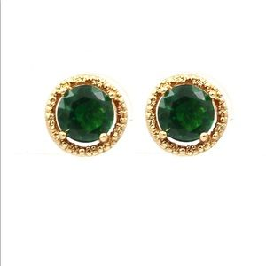 Golden green four-claw crystal earrings